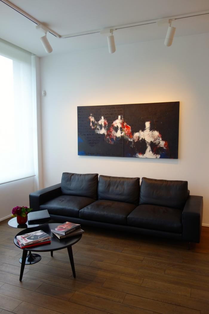 Maison Particulière, Deuxième étage, Salon Jardin. Alfonso Alzamora (1951, Spain). Cuatro Meninas (2009).