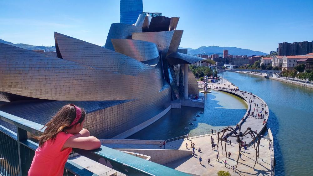 Guggenheim_Bilbao_0.jpg